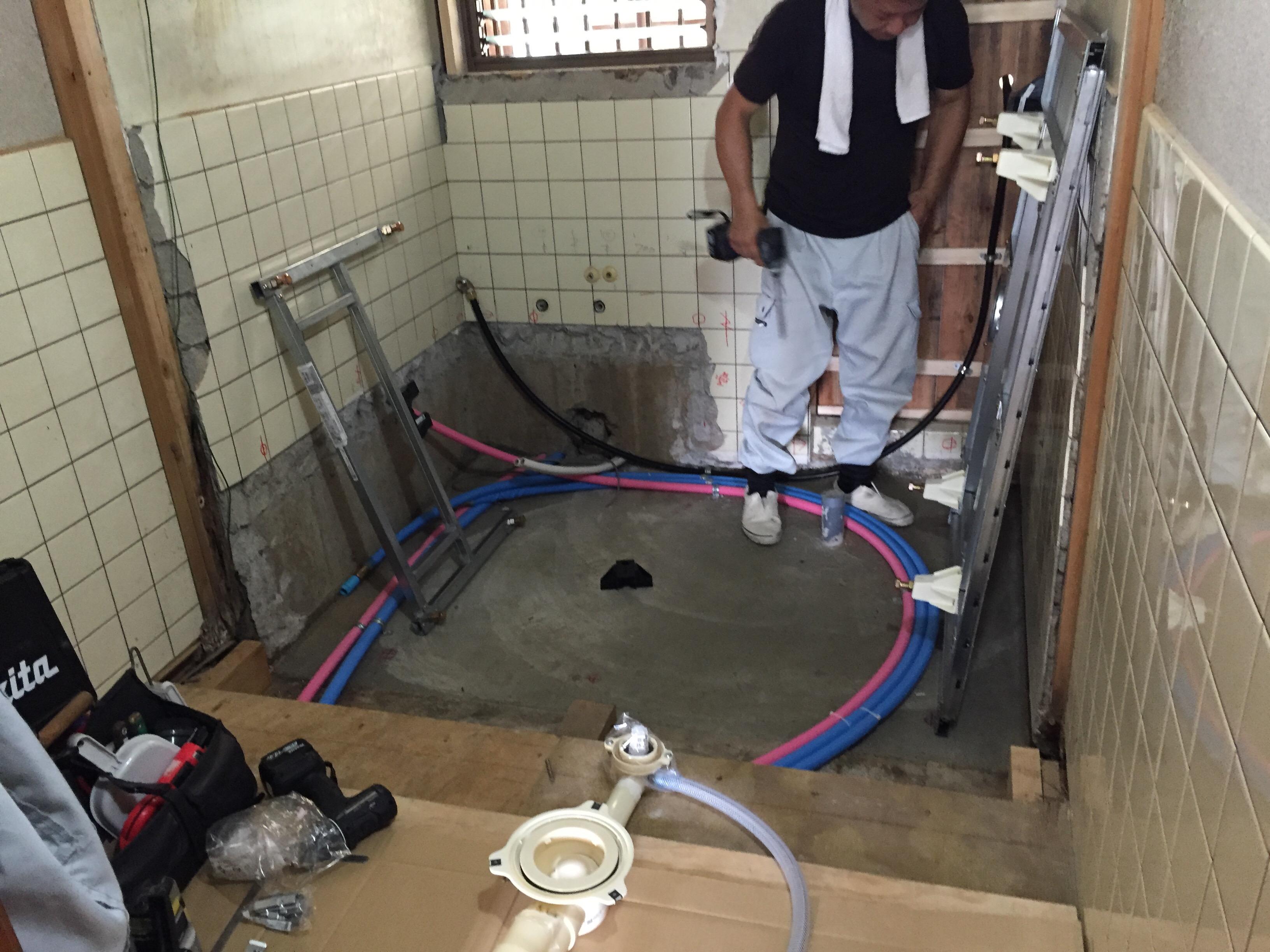 西条市 浴室リフォーム 施工中3
