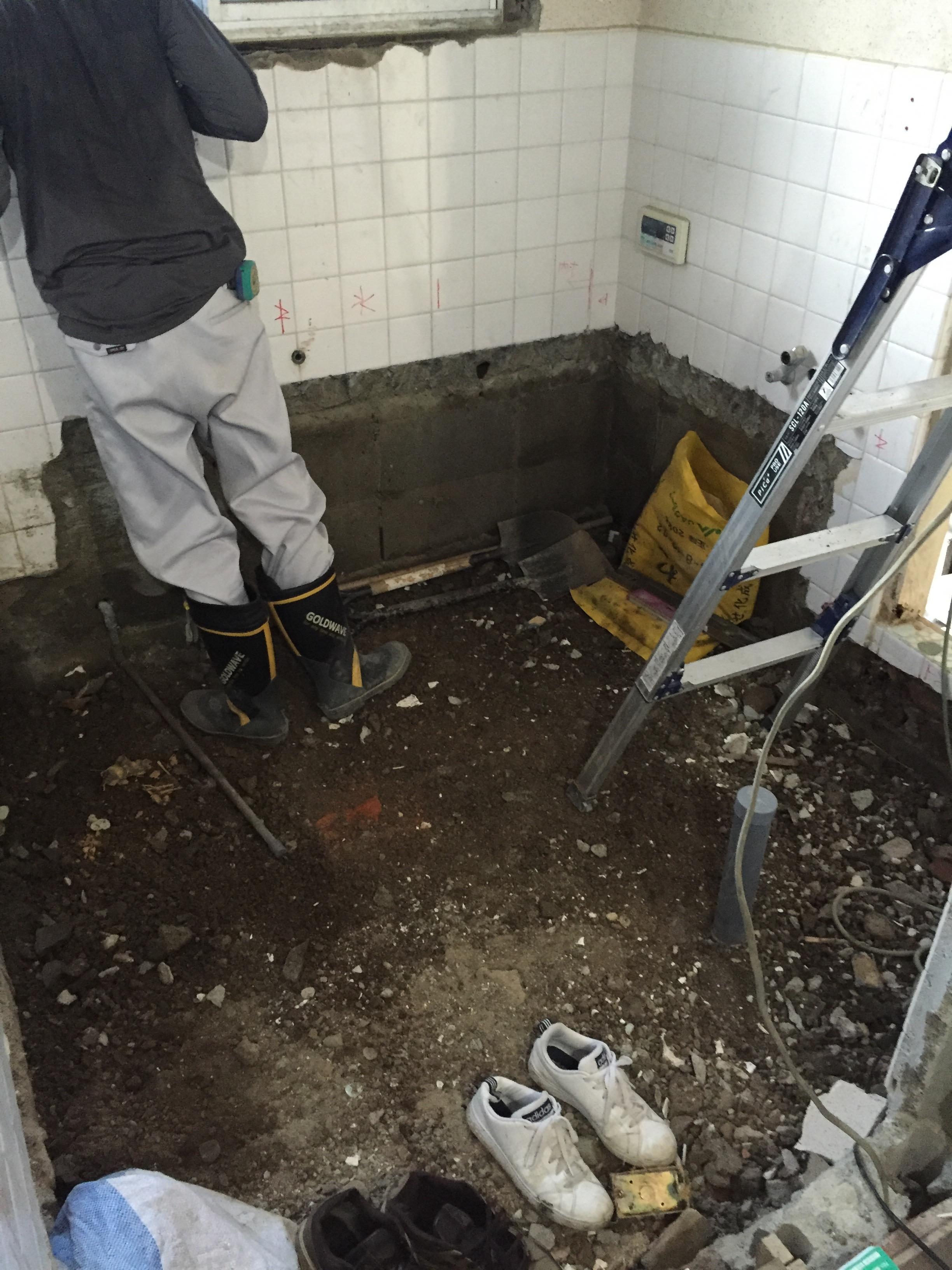 西条市 浴室・脱衣所リフォーム 施工中