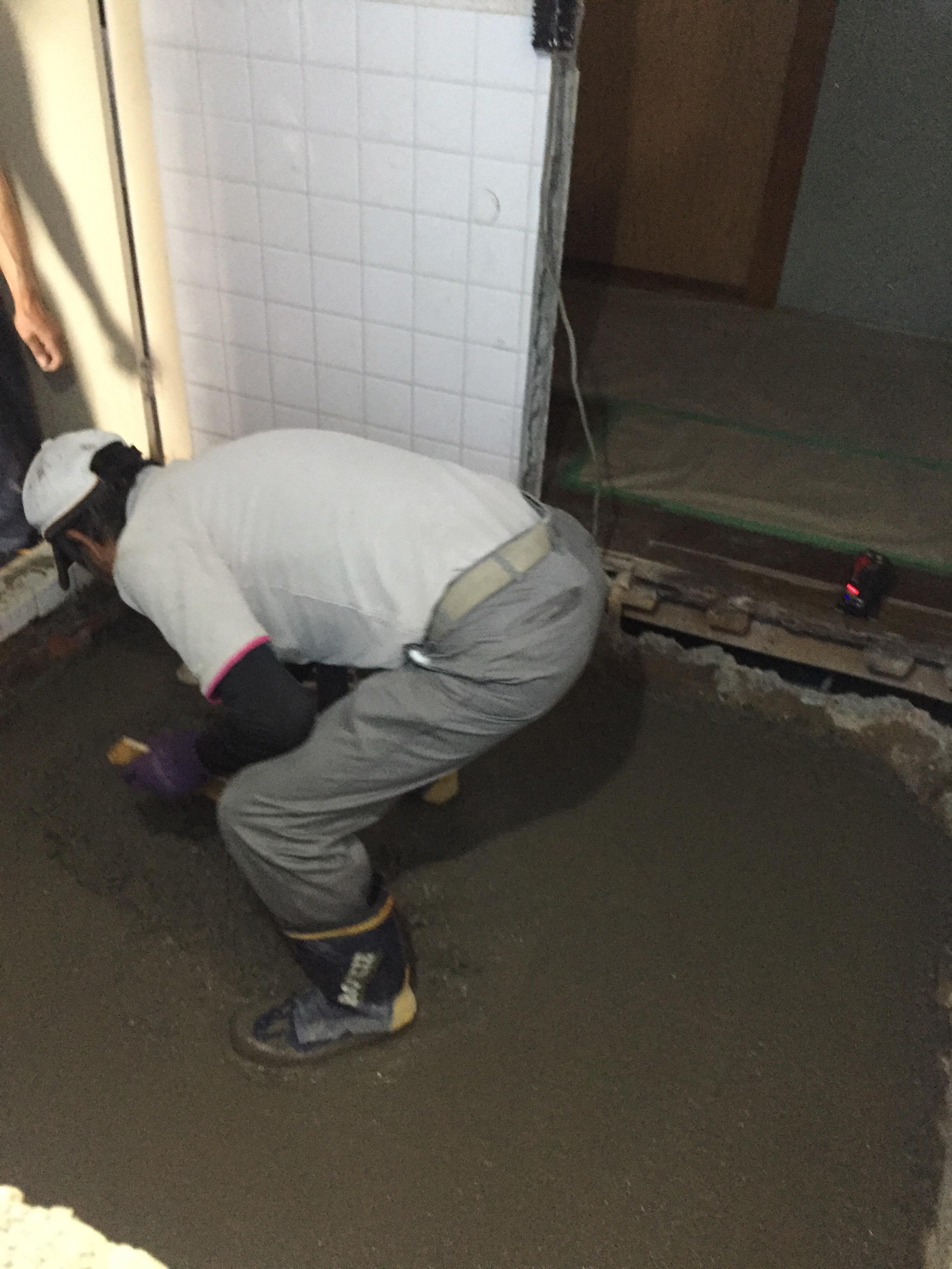 西条市 浴室・脱衣所リフォーム 施工中2