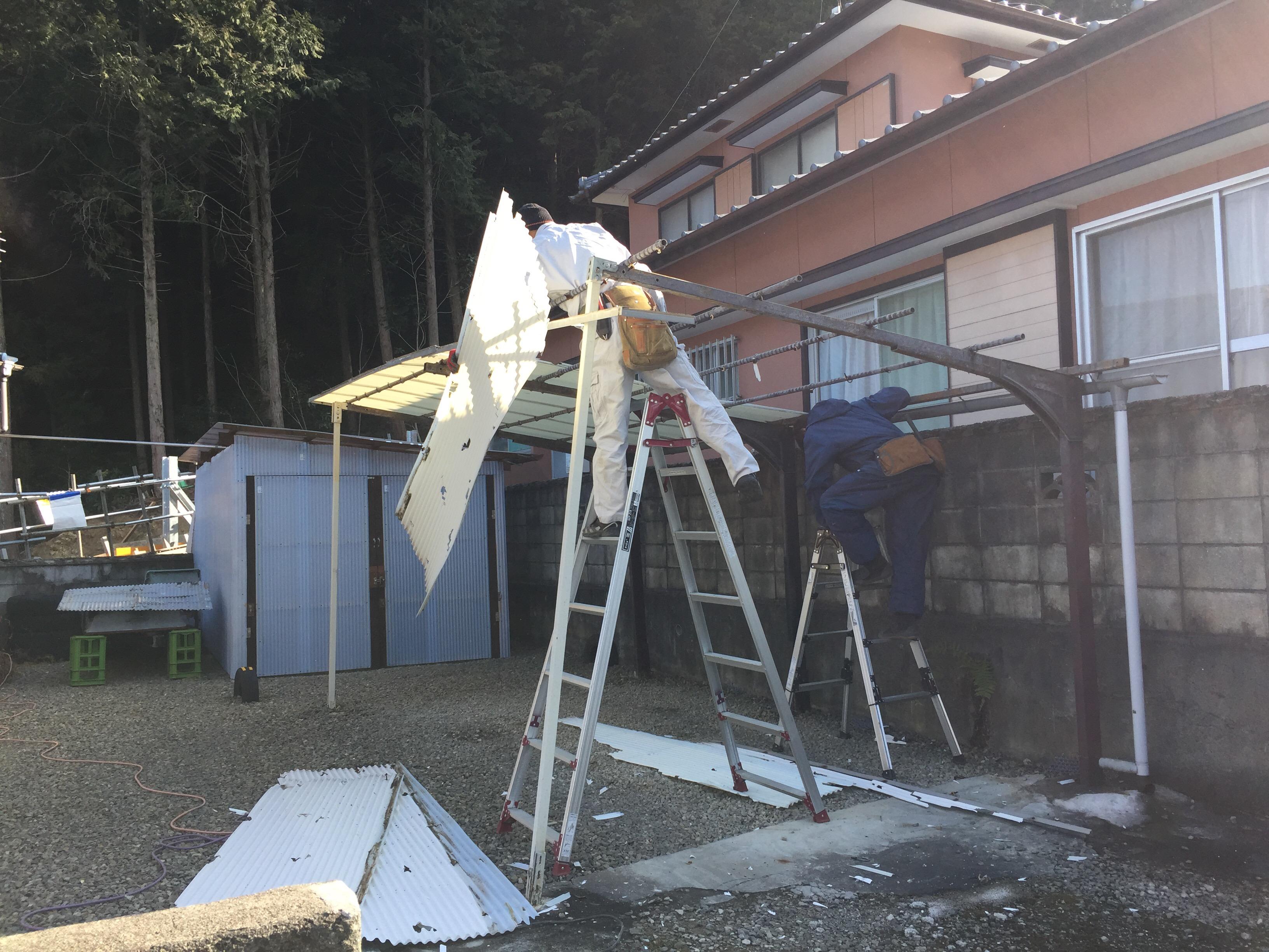 新居浜市 カーポートのリフォーム 施工中