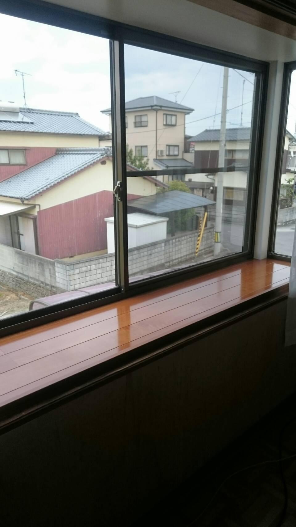 今治市 傷んだ出窓をキレイにリフォーム施工後