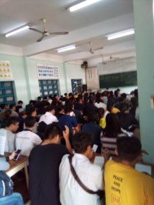 ベトナムで、バイクの免許試験